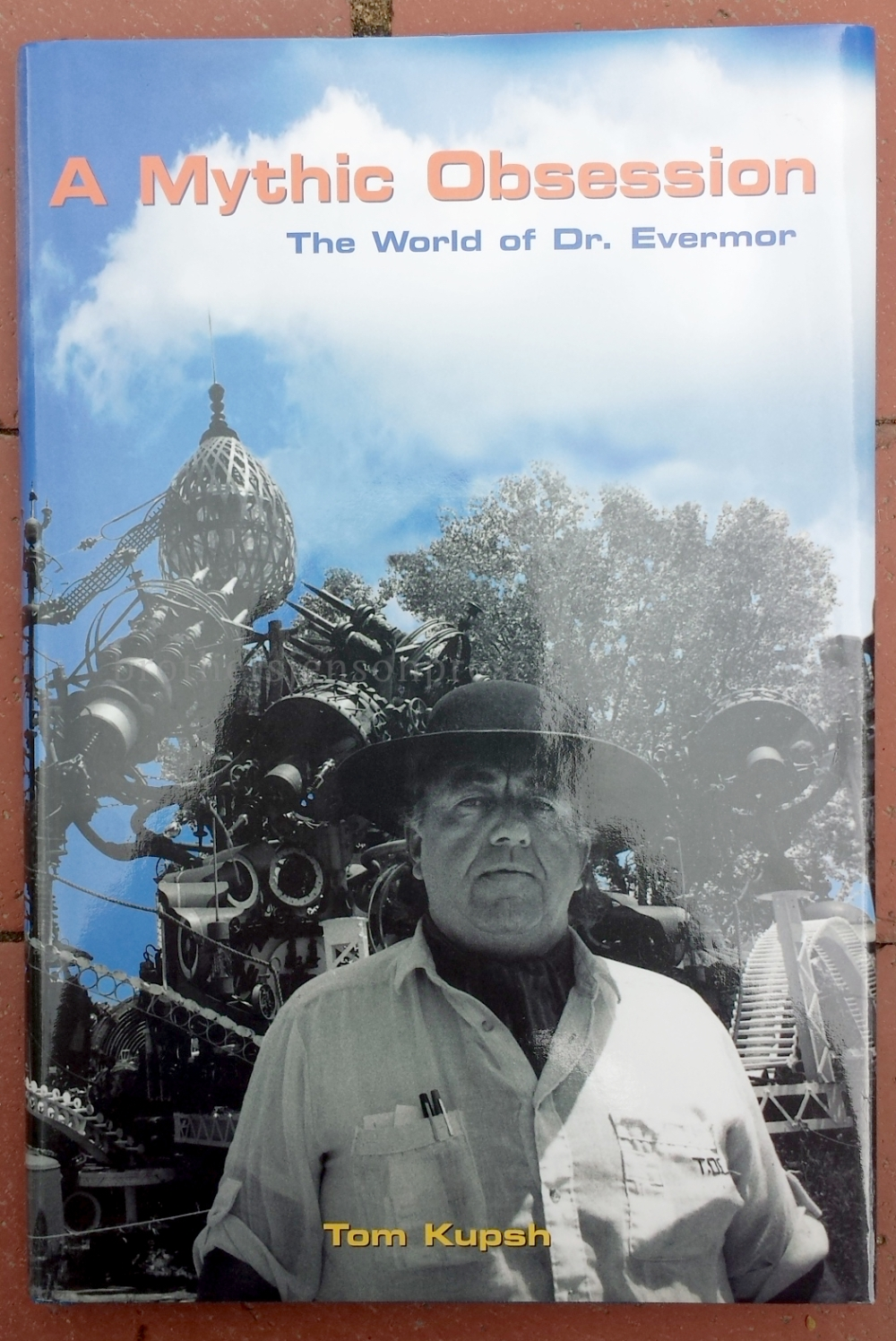 Dr_Evermor_Forevertron_Book_cover_1000w