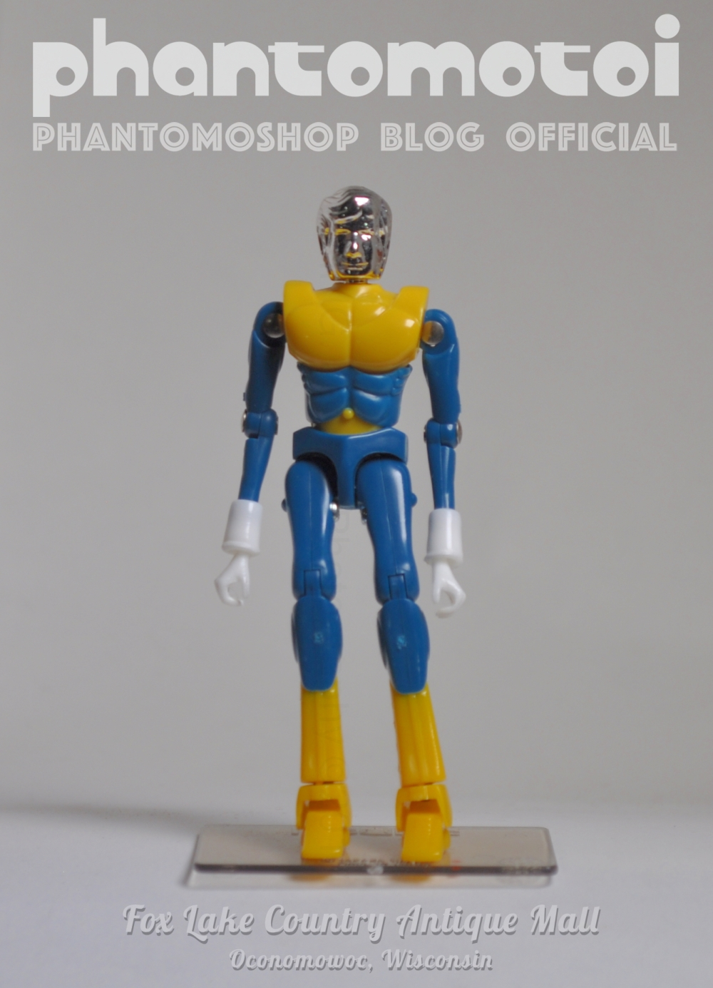 Micronaut_Customs_phantomotoi_SM_blu-Yell_800w