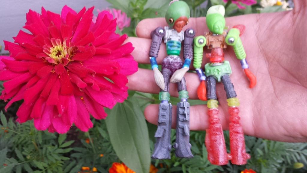Phantomoshop makes Phantomophigures - handmade resin toys